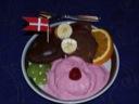 Frokostmuffins med jordbæris og frugt