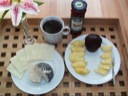 Morgen med ananas og muffin
